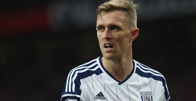MANCHESTER, ENGLAND - MAY 02:  Darren Fletcher of West Bromwich Albion in action during the Barclays Premier League match between Manchester United and West Bromwich Albion at Old Trafford on May 2, 2015 in Manchester, England.  (Photo by John Peters/Man Utd via Getty Images)